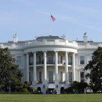 Pendemo Kepung Gedung Putih, Trump Sempat Dilarikan ke Bunker Perlindungan
