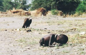 The vulture and the little girl/ Kevin Carter