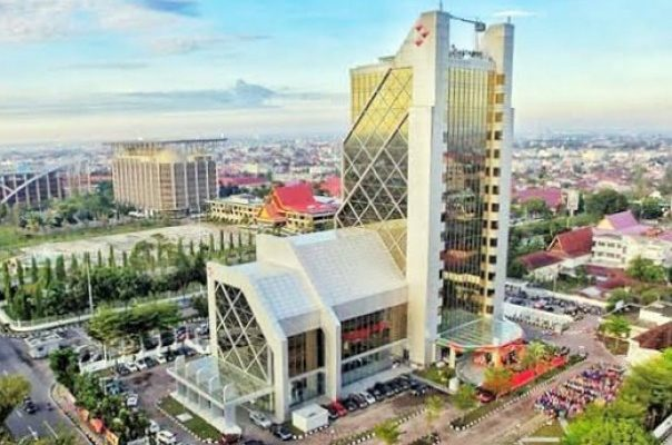 Wow, Pendapatan Direksi Bank Riau Kepri Setahun Sebesar 17 Milyar Lebih