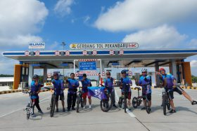 JKC: Menjajal Mulusnya Jalan Tol Pekanbaru – Dumai dengan Bersepeda