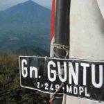 Tersesat 31 Jam di Gunung Guntur, Remaja Ini Ditemukan Hanya Kenakan Celana Dalam