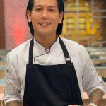 Naik Pesawat Bawa Pisau, Ini Pengalaman Unik Chef Juna