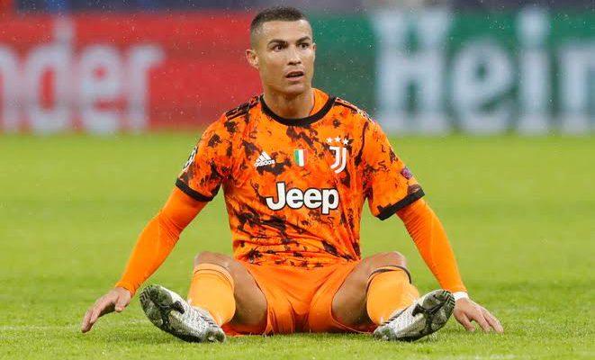 Ronaldo Dipastikan Bertahan di Juventus