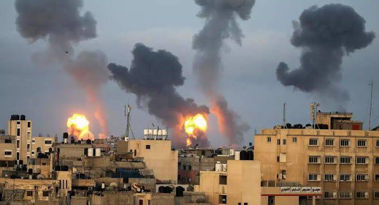 Puluhan Serangan Udara Israel ke Gaza, Korban Jiwa Terus Bertambah