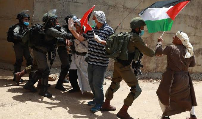 Aparat Palestina Baku Tembak dengan Polisi Israel, 3 Tewas